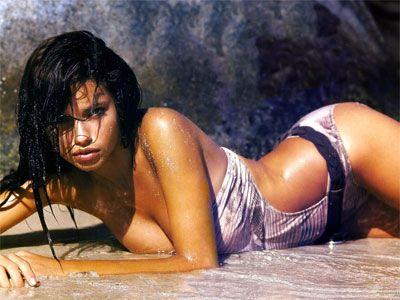 Adriana Lima - 75